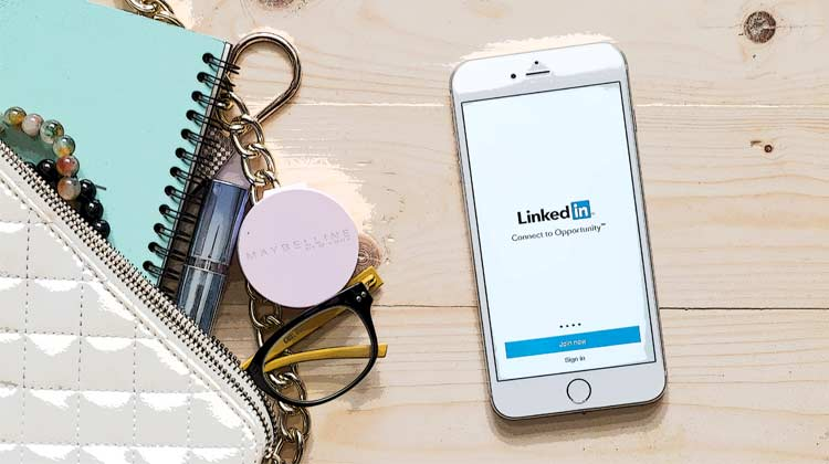 A Quick Guide to LinkedIn Ads for B2B Businesses | Disruptive Advertising
